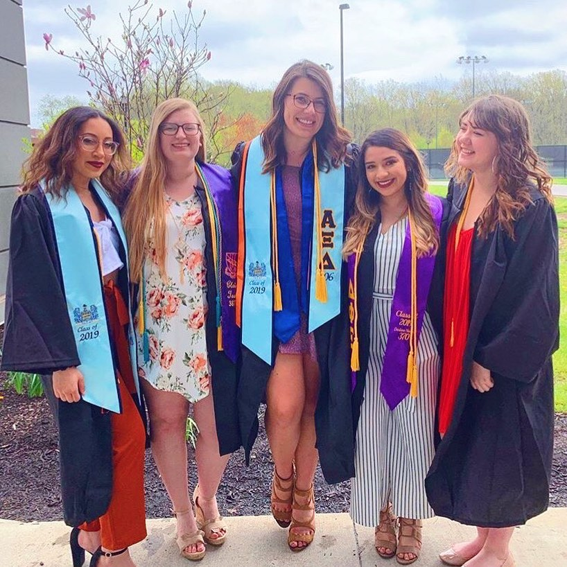 Keeping Alumnae Members Involved Post-Graduation